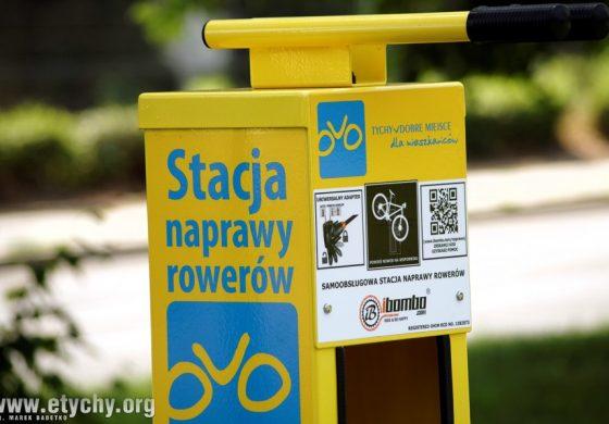 Samoobsługowe stacje naprawy i stojaki dla rowerów w Tychach (foto)