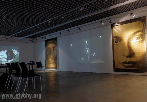 Warsztaty plastyczne dla dorosłych w Galerii Obok – malowanie na tkaninie
