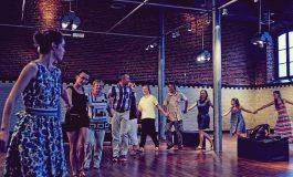 Kultowe osiedle A: Potańcówka - Tancerze do par