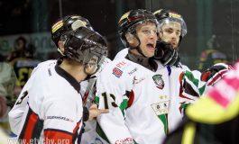 Hokej: Hat-trick Rzeszutki w meczu z Katowicami [foto]