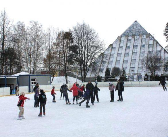 W niedzielę MOSiR uruchomi lodowiska sezonowe