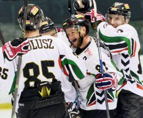 Hokej play-off: GKS Tychy w połowie drogi do półfinału [foto]