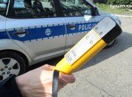 Pijany kierowca zasnął za kierownicą i zablokował ruch