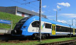 Orkan Grzegorz spowodował utrudnienia na kolei (aktualizacja - utrudnienia do poniedziałku)