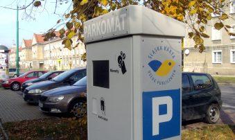 Wracają płatne parkingi i przyciski na przejściach dla pieszych