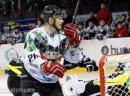 Hokej: GKS Tychy bez Kacpra Guzika