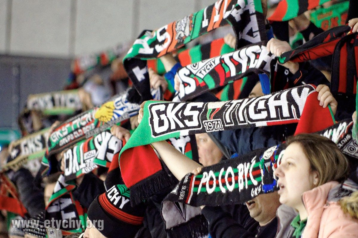 Hokej: W piątek ruszy sprzedaż biletów na Puchar Polski