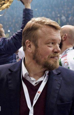 Hokej: Andrei Gusow zrezygnował