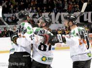 Hokej play-off: Zero z tyłu, szóstka z przodu. Tychy po raz drugi pokonują GieKSę [foto]