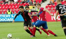Piłka nożna: GKS Tychy przegrywa z Rakowem [foto]