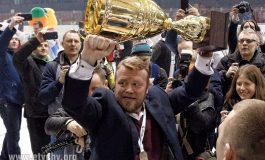 Hokej: Andrei Gusow podpisał umowę na dwa lata
