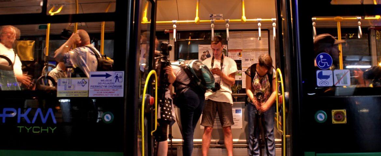 NightSpotting, czyli autobusem bez biletu, za to z aparatem