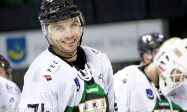 Hokej: Wysoka wygrana z Cracovią i hat-trick Sykory