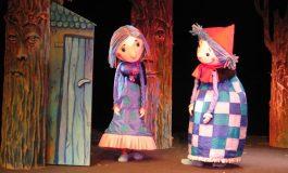 O dziewczynce Katarzynce Czerwonym Kapturkiem zwanej w Teatrze Małym