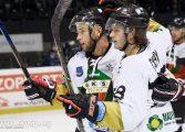 Hokej: Grad bramek w meczu z Automatyką, Cichy z hat-trickiem [foto]
