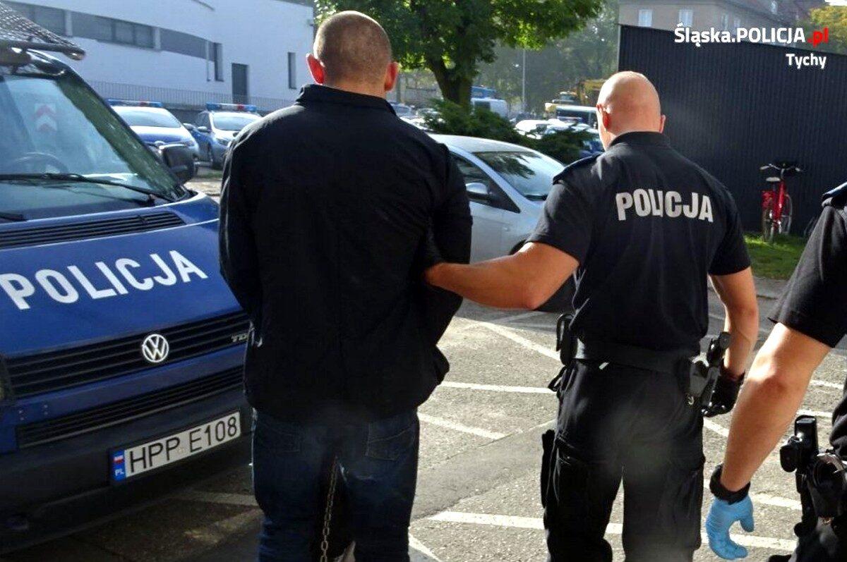 Policjanci zatrzymali sprawcę brutalnego napadu na właściciela kantoru