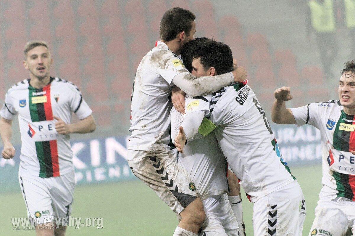 Piłka nożna: Przełamali serię meczów bez zwycięstwa. GKS Tychy – Odra Opole 4:2 [foto]