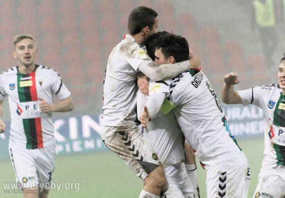 Piłka nożna: Przełamali serię meczów bez zwycięstwa. GKS Tychy - Odra Opole 4:2 [foto]