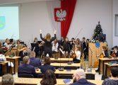Świąteczna Sesja Rady Miasta z Betlejemskim Światłem Pokoju