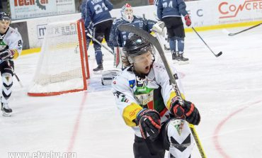 Hokej play-off: Pierwsza ćwierćfinałowa bitwa zakończona zwycięstwem GKS-u Tychy [foto]