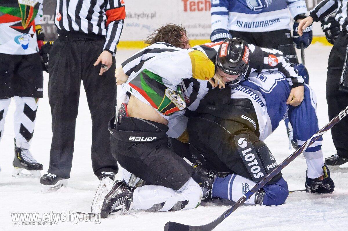 Hokej play-off: W serii do czterech wygranych Gdańsk prowadzi z Tychami 2-1 [foto]