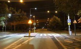 Oświetlenie wertykalne na kolejnych tyskich przejściach