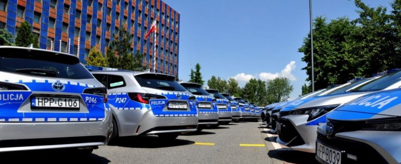 54 nowe radiowozy dla śląskiej policji
