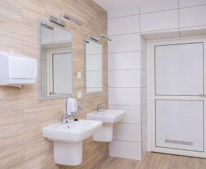 Nowe łazienki od Kompanii Piwowarskiej dla Szpitala Miejskiego