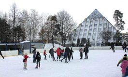 Świąteczne ślizganie - lodowiska w okresie świąteczno-noworocznym