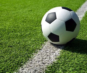 Rozgrywki piłkarskie i futsalu, kobiet i mężczyzn nadal zawieszone